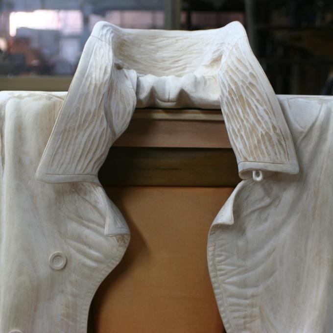 服のオブジェ